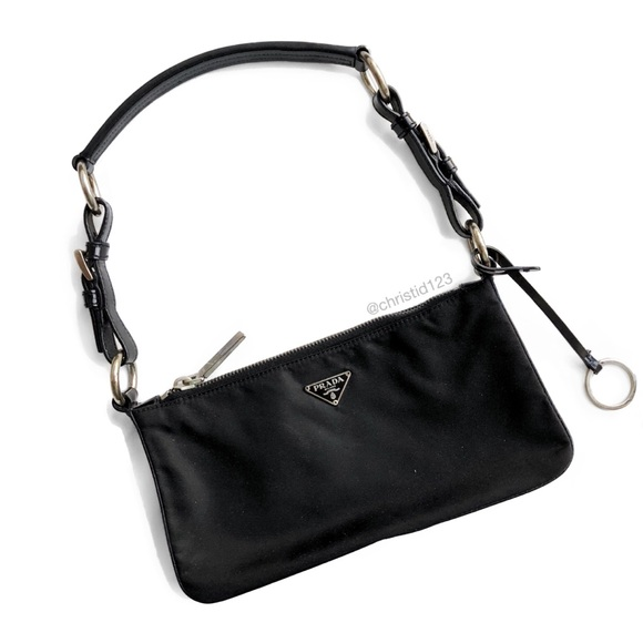 25b25cb3e55c Prada Mini Shoulder Bag. M 5abe4e71caab44ad8171b383